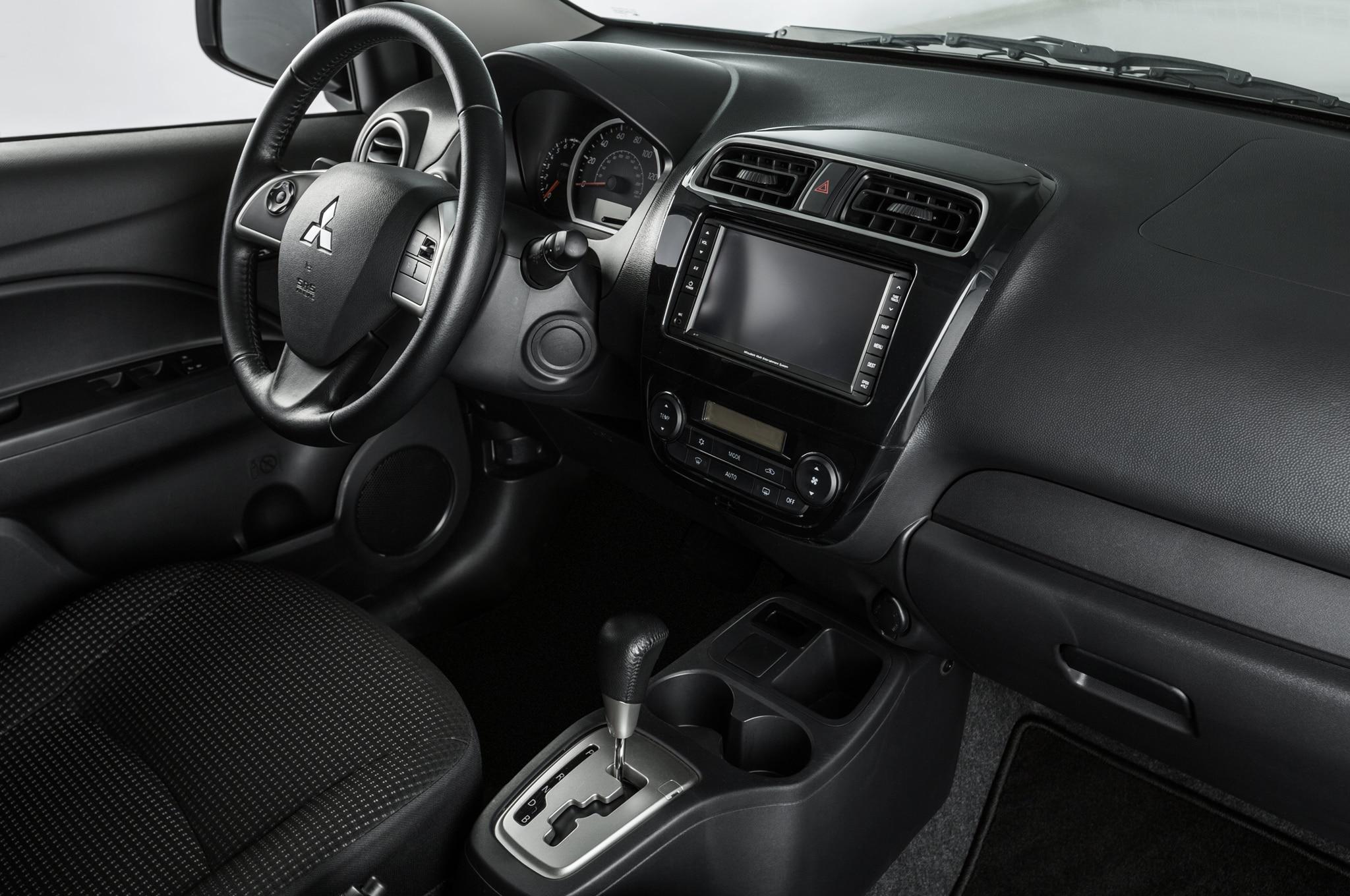 2015 mitsubishi mirage es interior - Mitsubishi Montero 2015 Interior