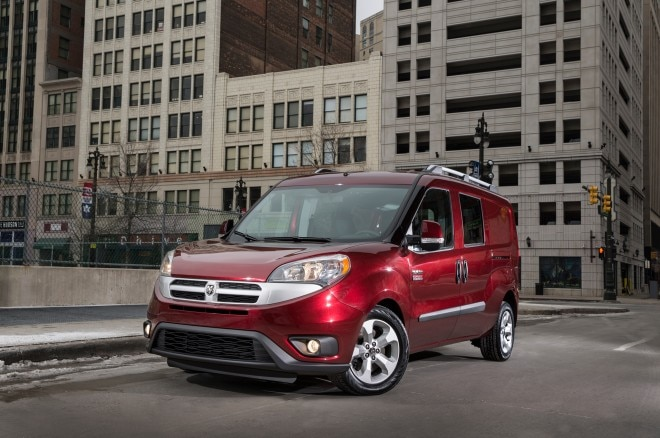 2015 Ram ProMaster City front three quarter static 02