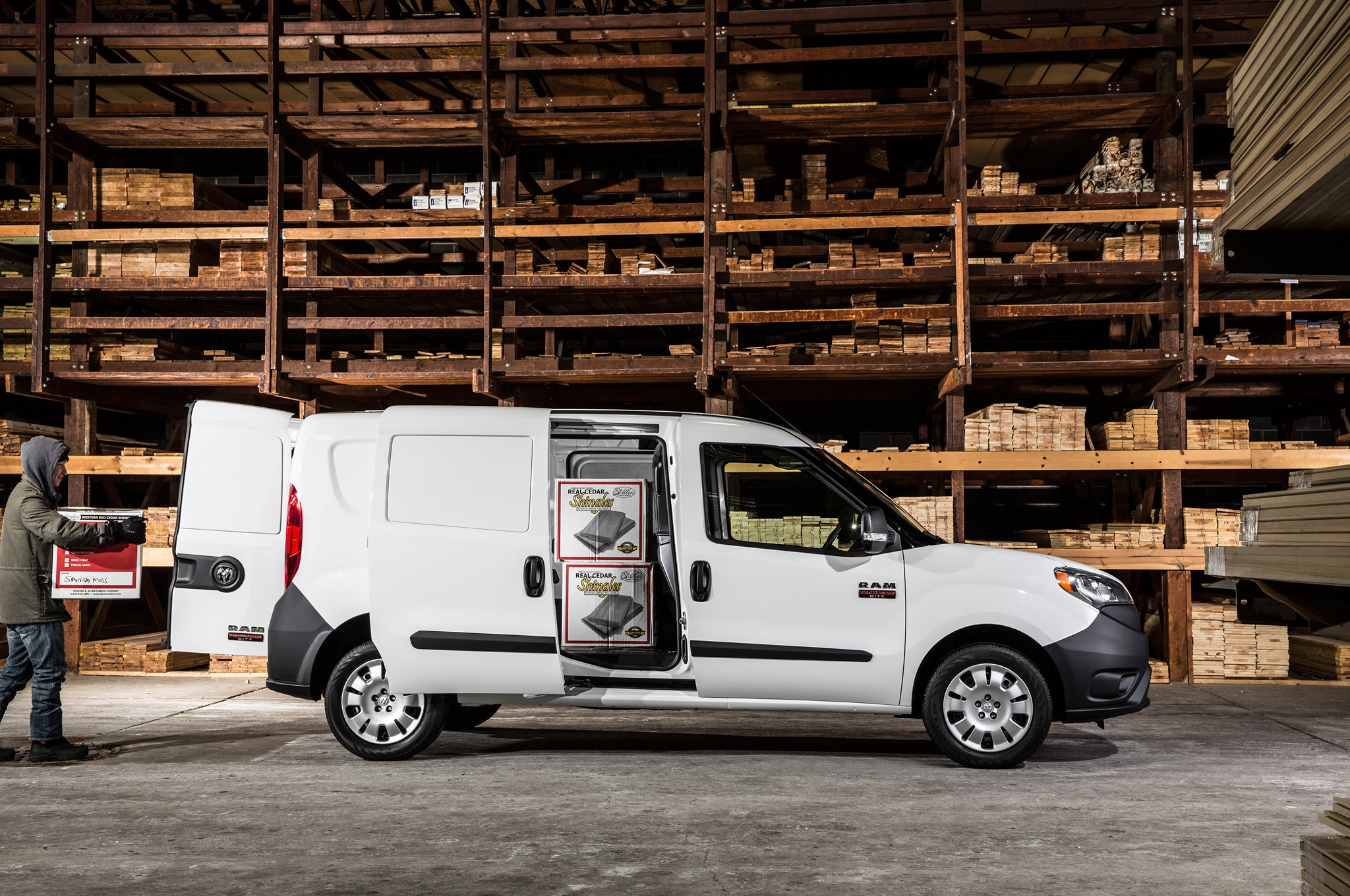 2015 Ram ProMaster City Side Sliding Door Loading3