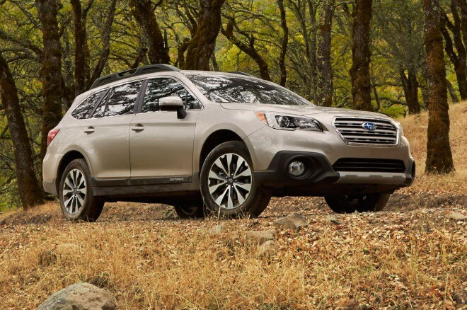 2015 Subaru Outback Front Side View On Trail1 660x438