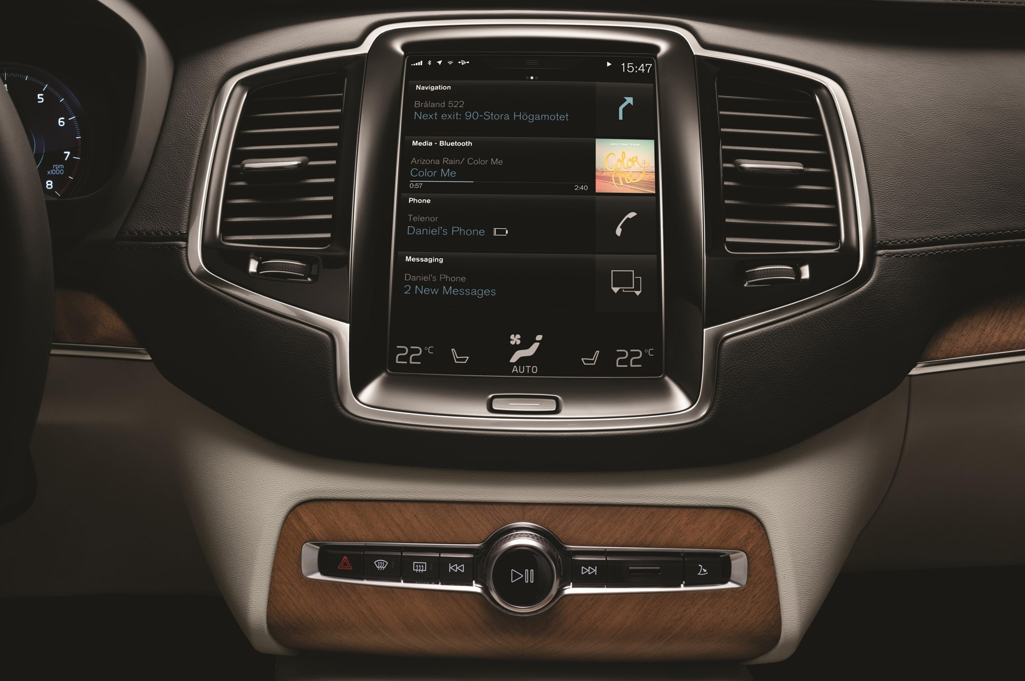 2015 Volvo XC90 Infotainment Touchscreen 21