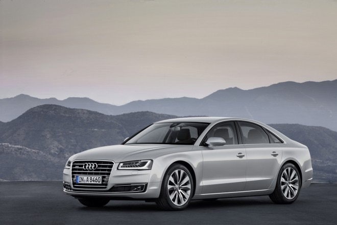 2015 Audi A8 TFSI Front Three Quarter 21 660x440