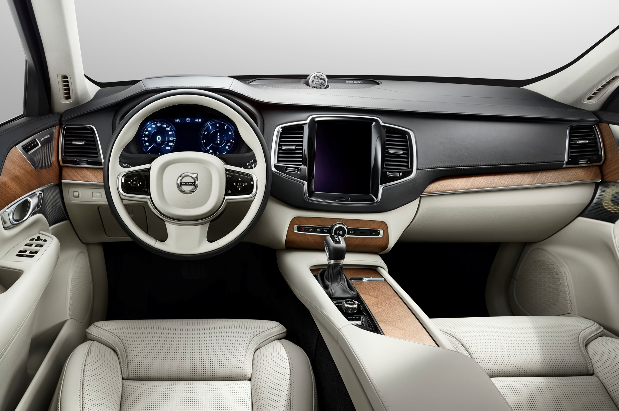 2015 Volvo Xc90 Dashboard1