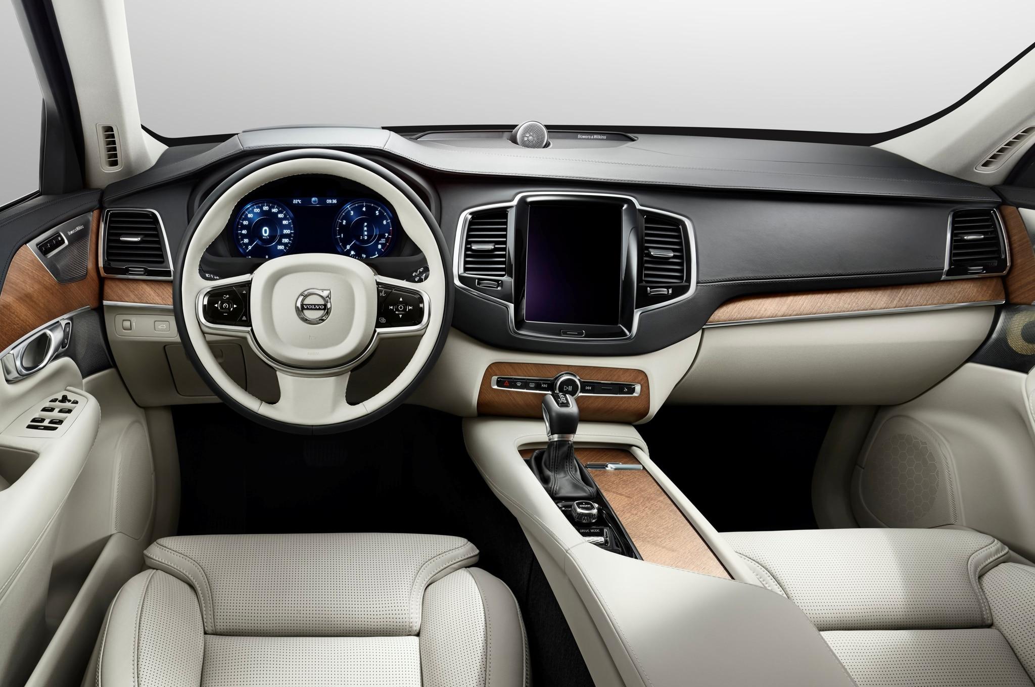 2015 Volvo Xc90 Dashboard1