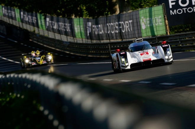 24 Hours Of Le Mans Audi R18 E Tron Quattro Front End In Motion1 660x438