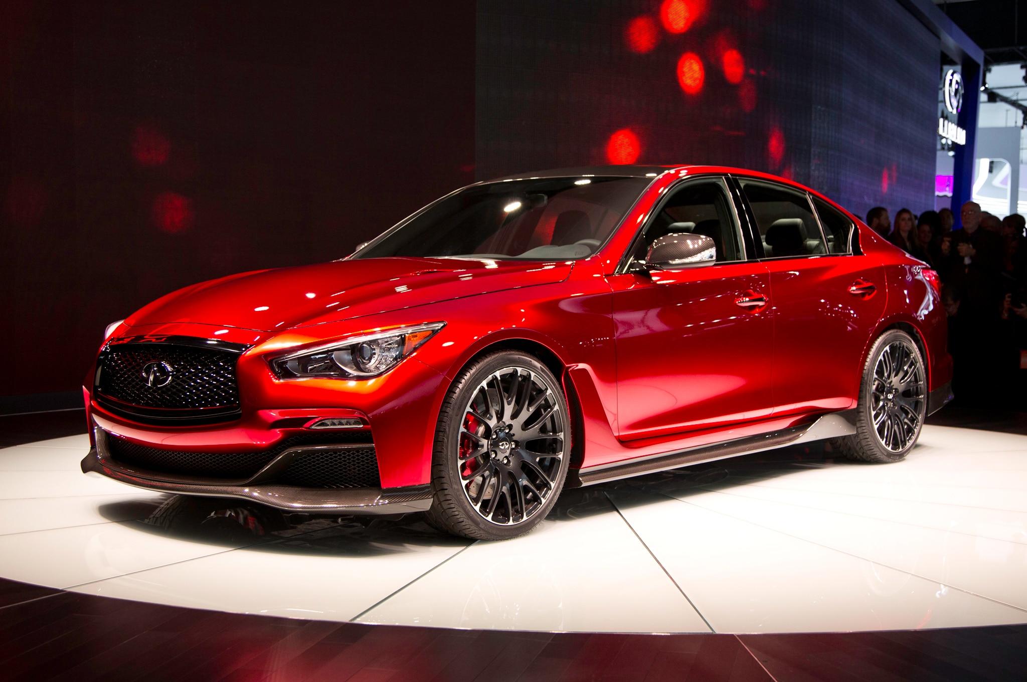Infiniti-Q50-Eau-Rouge-Concept-front-thr