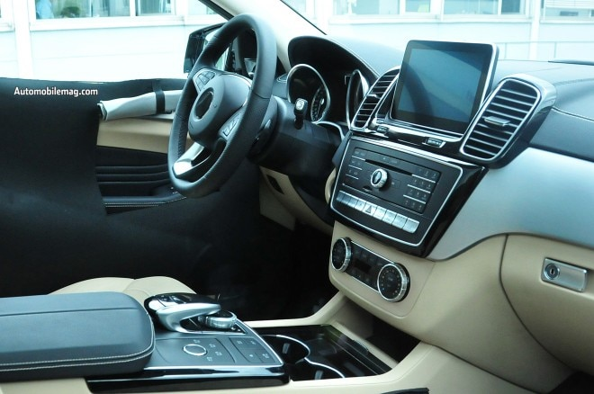 Mercedes Benz Mlc Spied 8 Interior1 660x438
