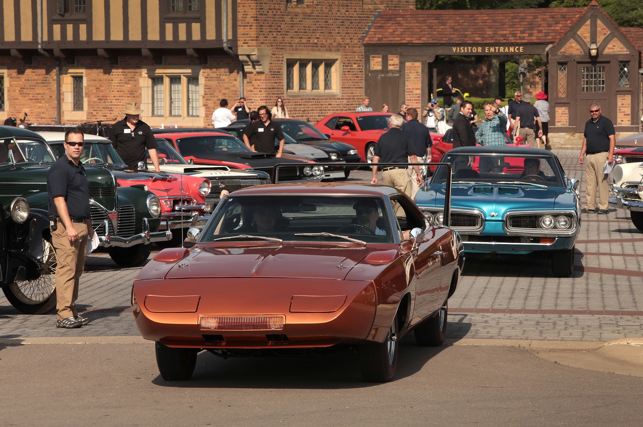 1969 Dodge Charger Daytona Front End1