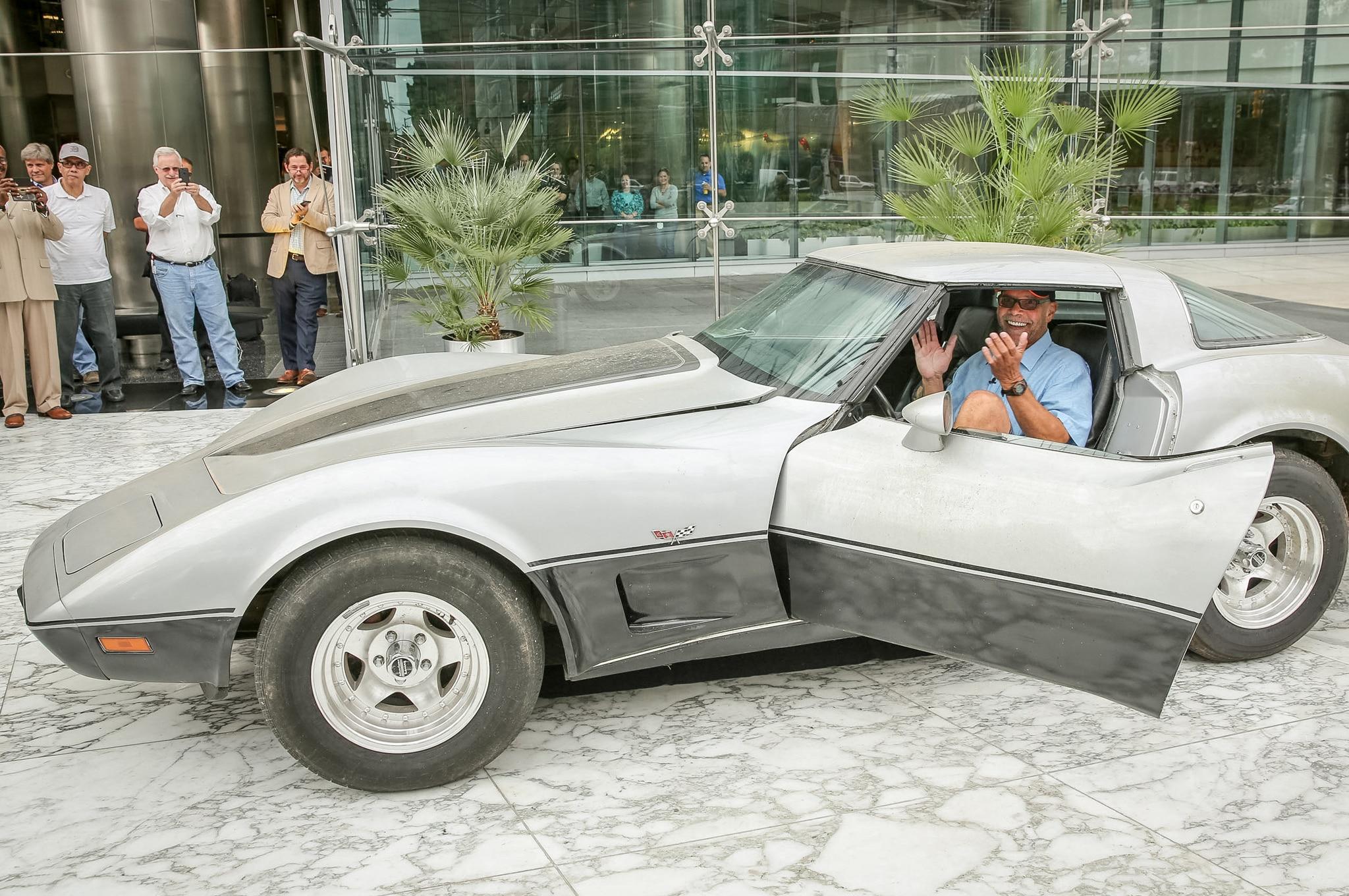 1979 Chevrolet Corvette Reunion With Owner Profile1