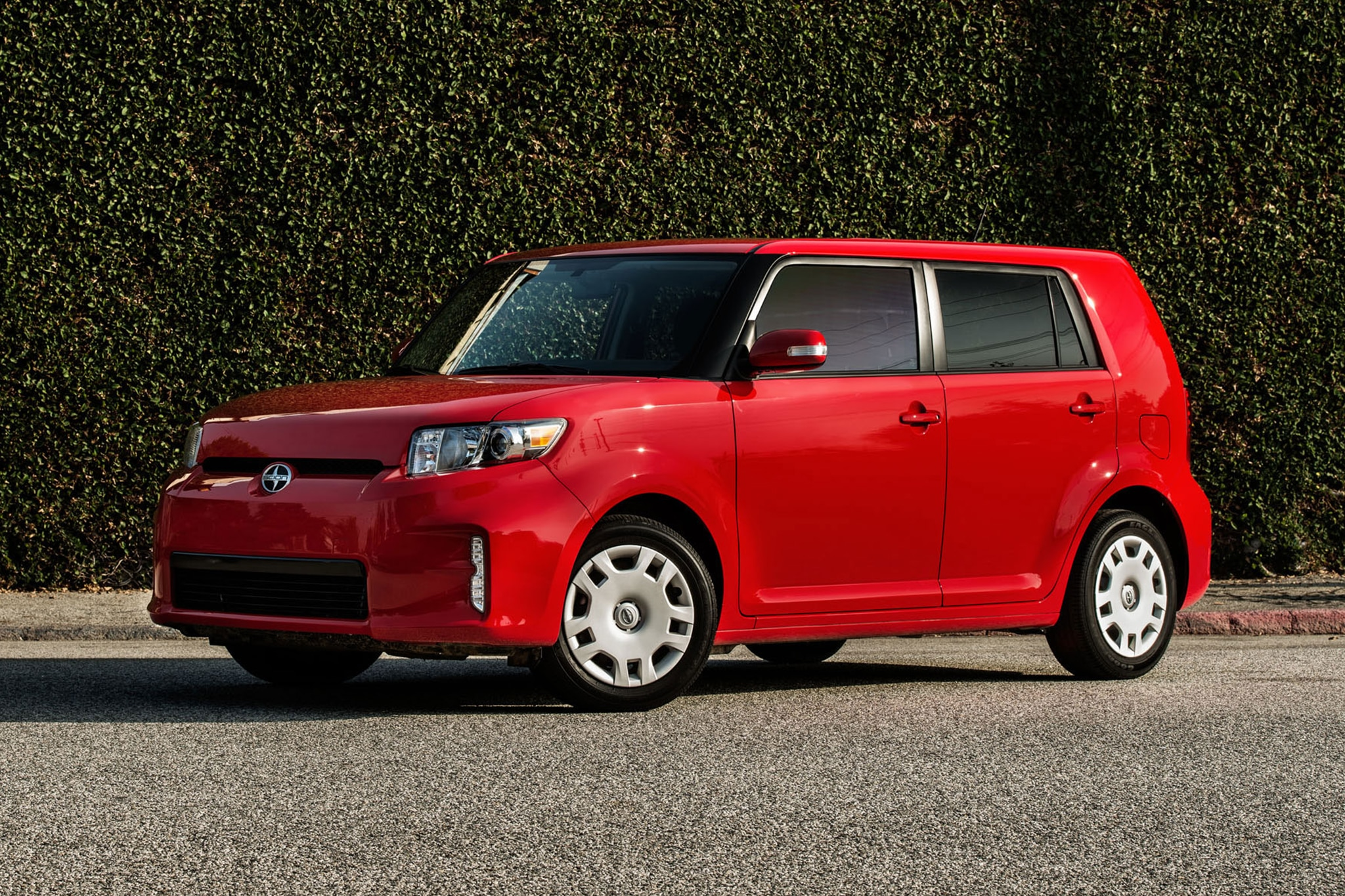 2013 Scion XB Three Quarters1
