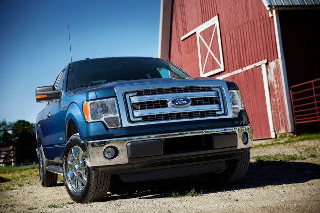 2014 Ford F 150 XLT Front View 660x440