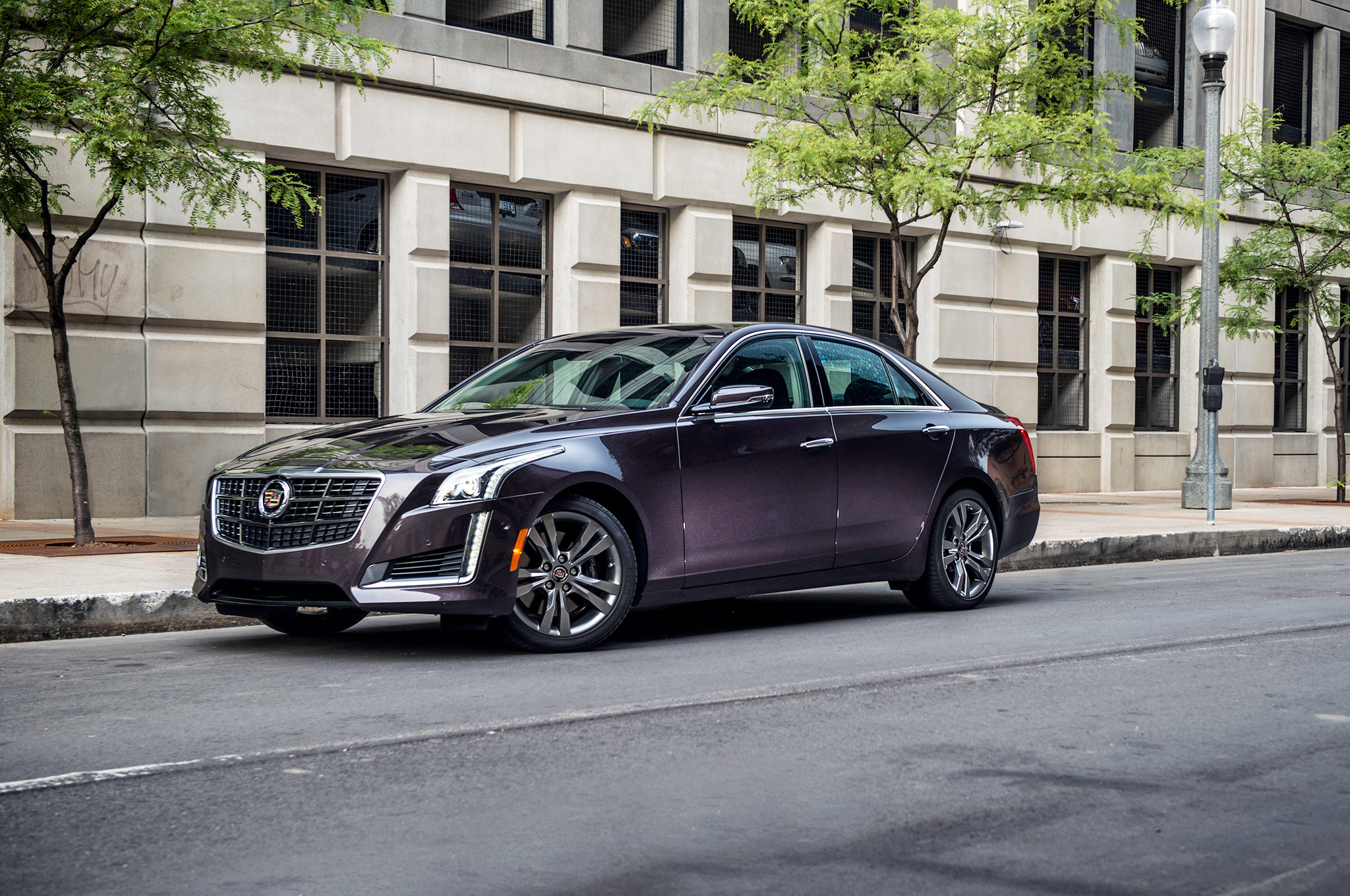 2014 Cadillac Cts Vsport Front Three Quarter 11