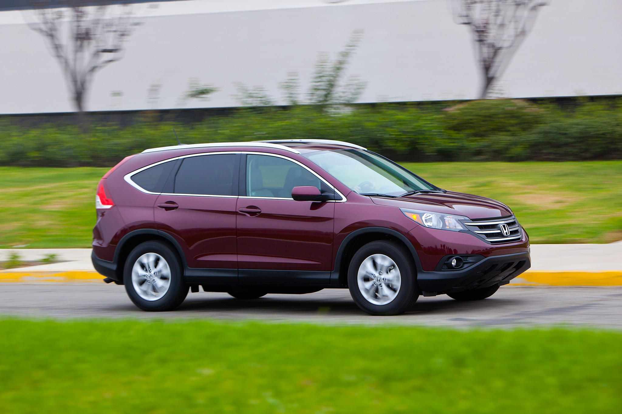 2014 Honda CR V Three Quarters View 31