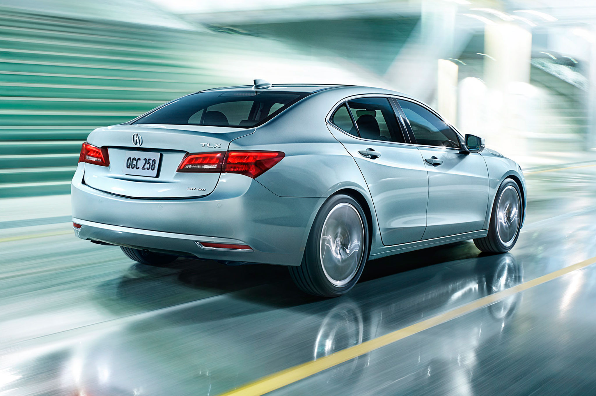 2015 Acura TLX Rear Motion View1
