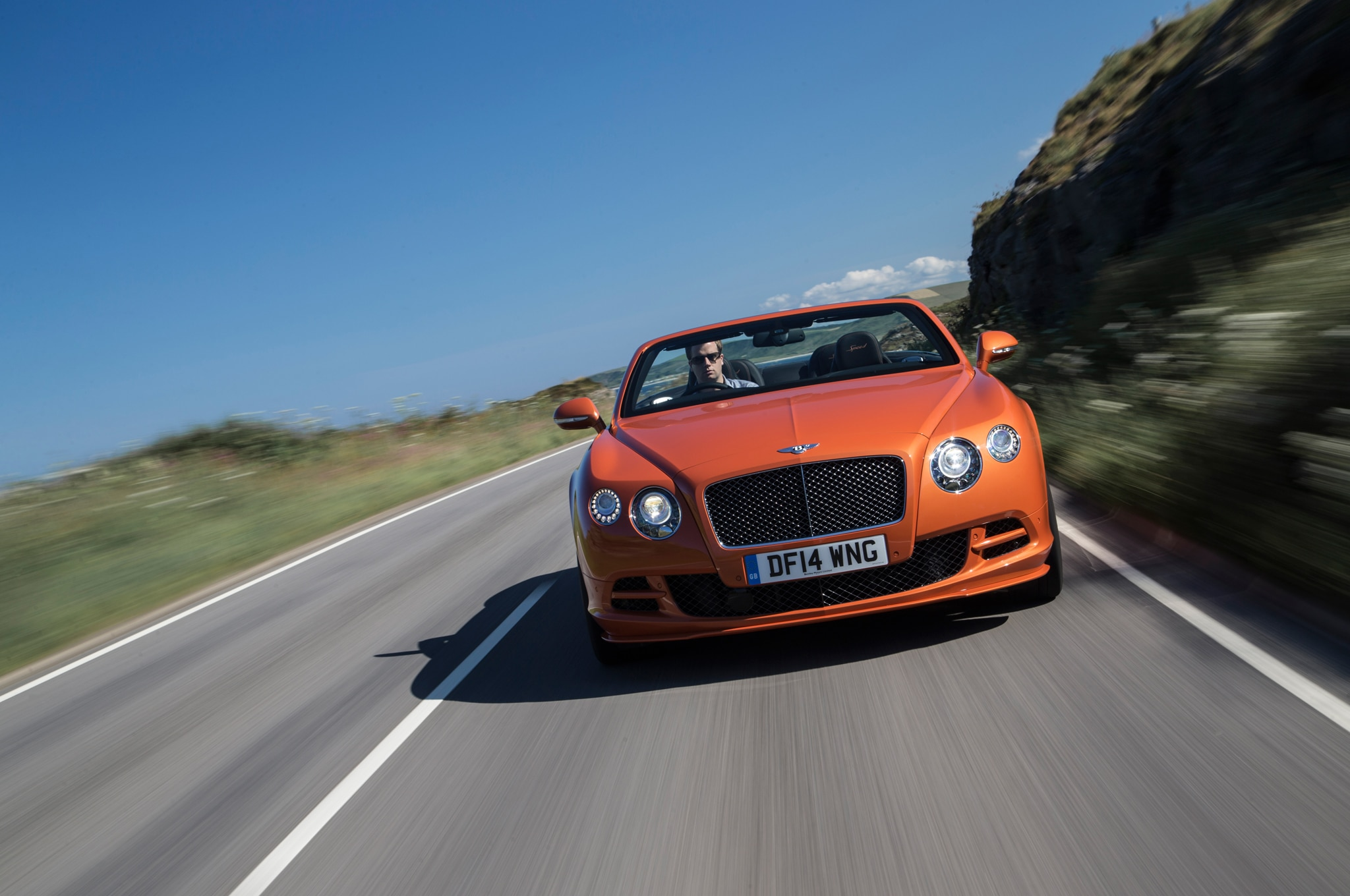 2015 bentley continental gt speed convertible front end in motion2. Cars Review. Best American Auto & Cars Review