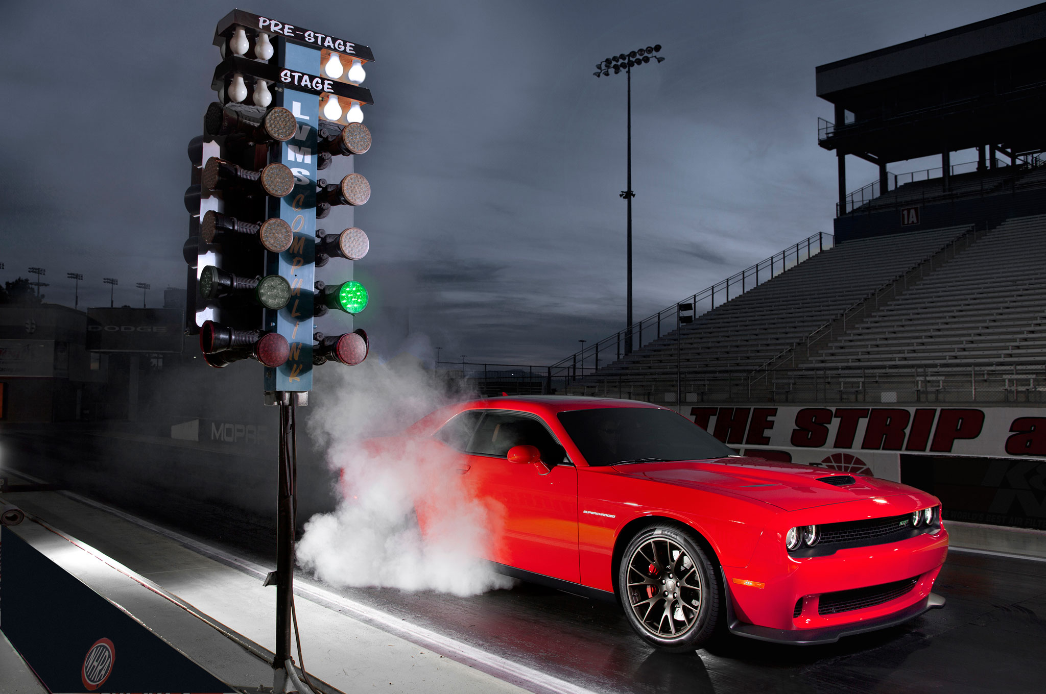 2015 Dodge Challenger SRT Hellcat At Dragstrip2