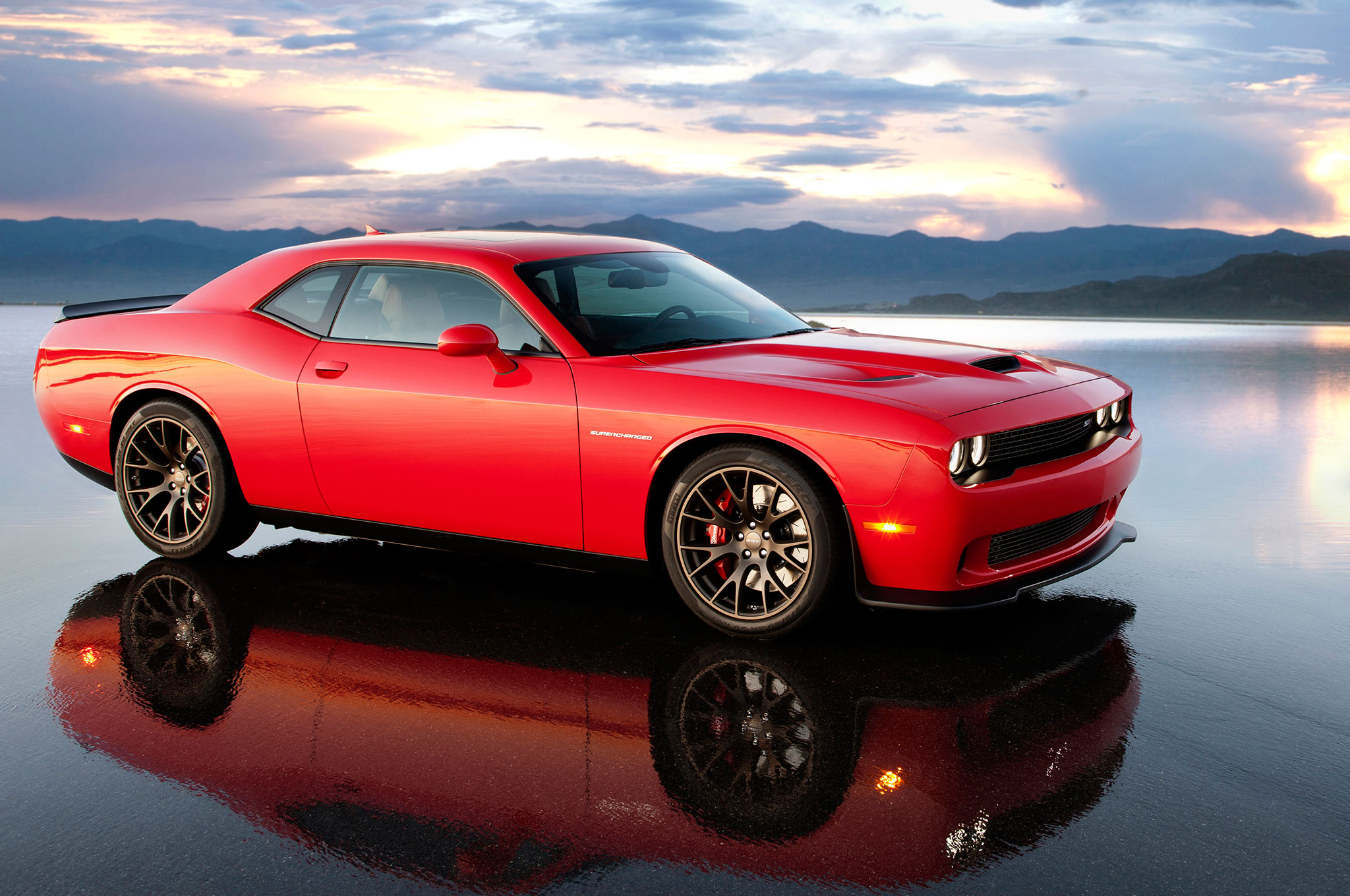 2015 Dodge Challenger SRT Hellcat Side View With Reflection3