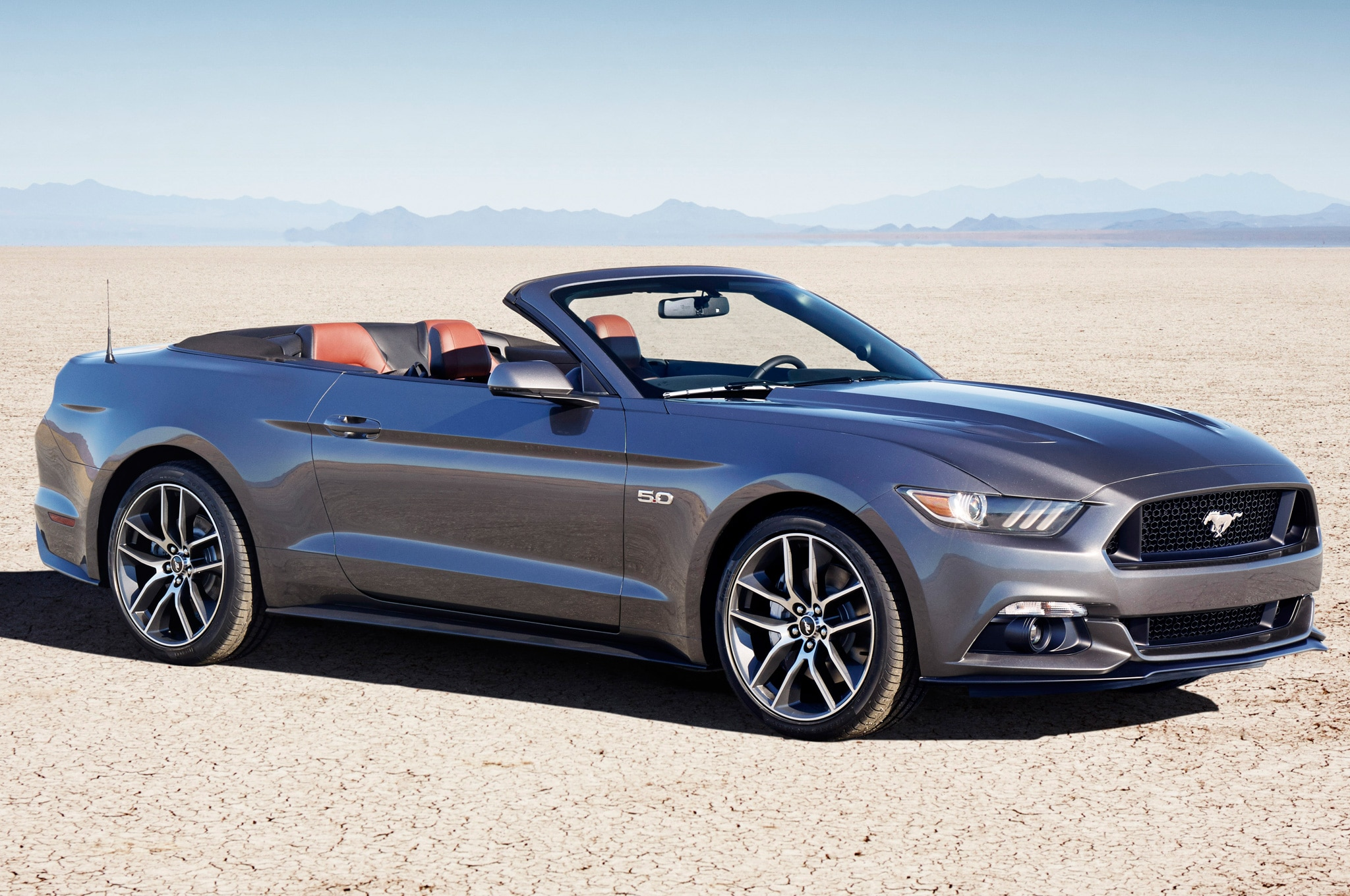 2015 ford mustang gt convertible front three quarter view