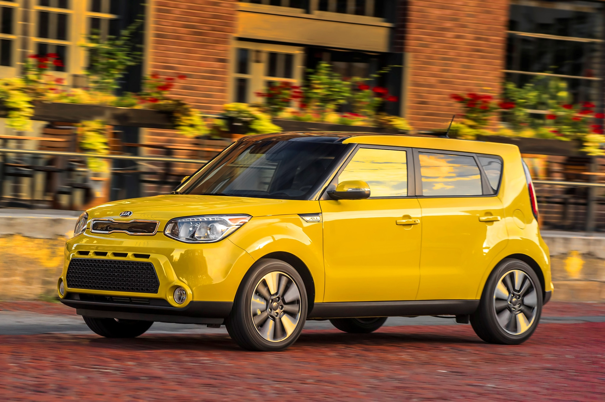 2015 kia soul goes up in price gains new umber package. Black Bedroom Furniture Sets. Home Design Ideas