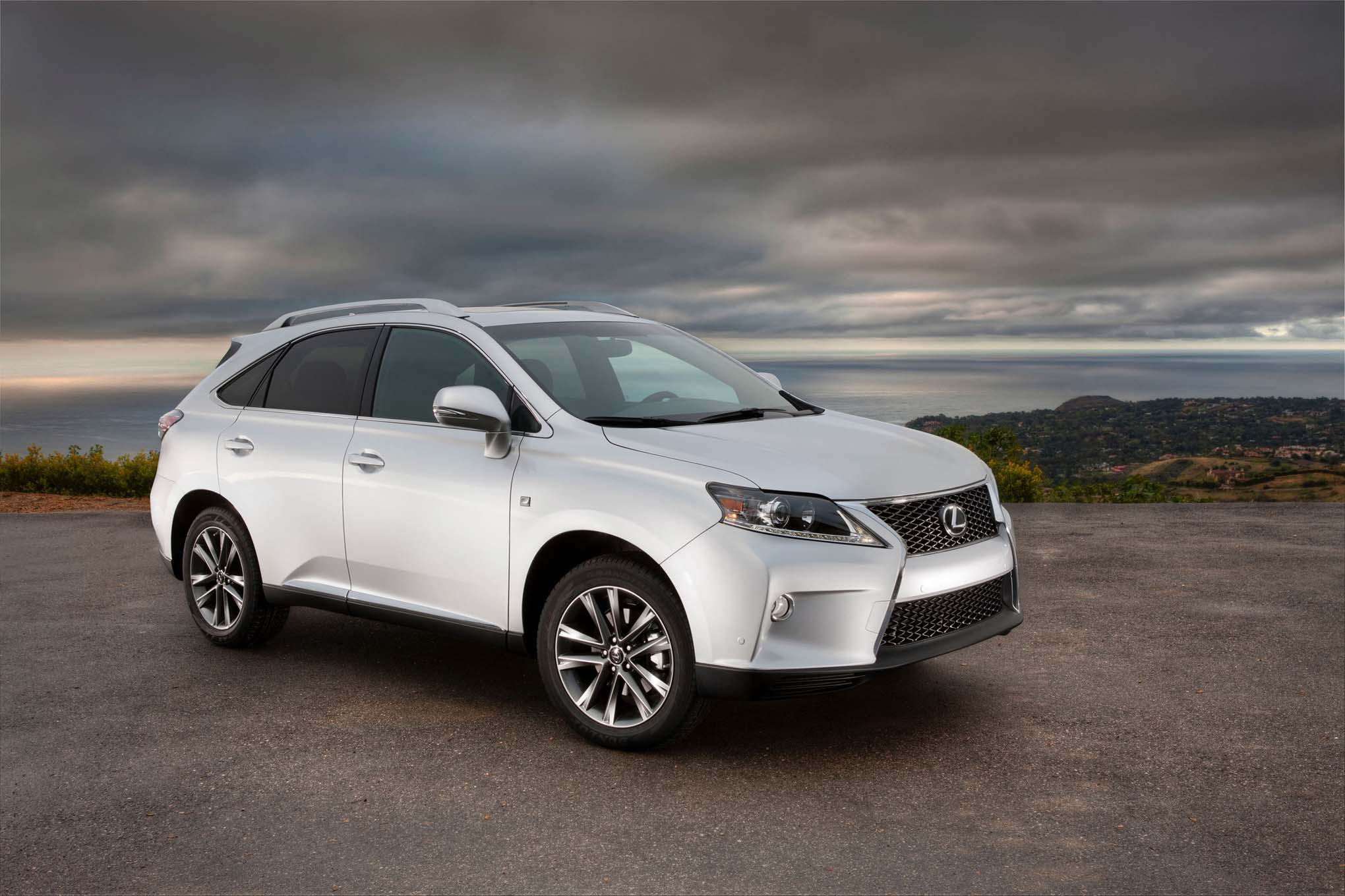 hybrid com es ideas used cars lexus sedan edmunds for gs sale rx overview is stylish captivating features suv models pricing
