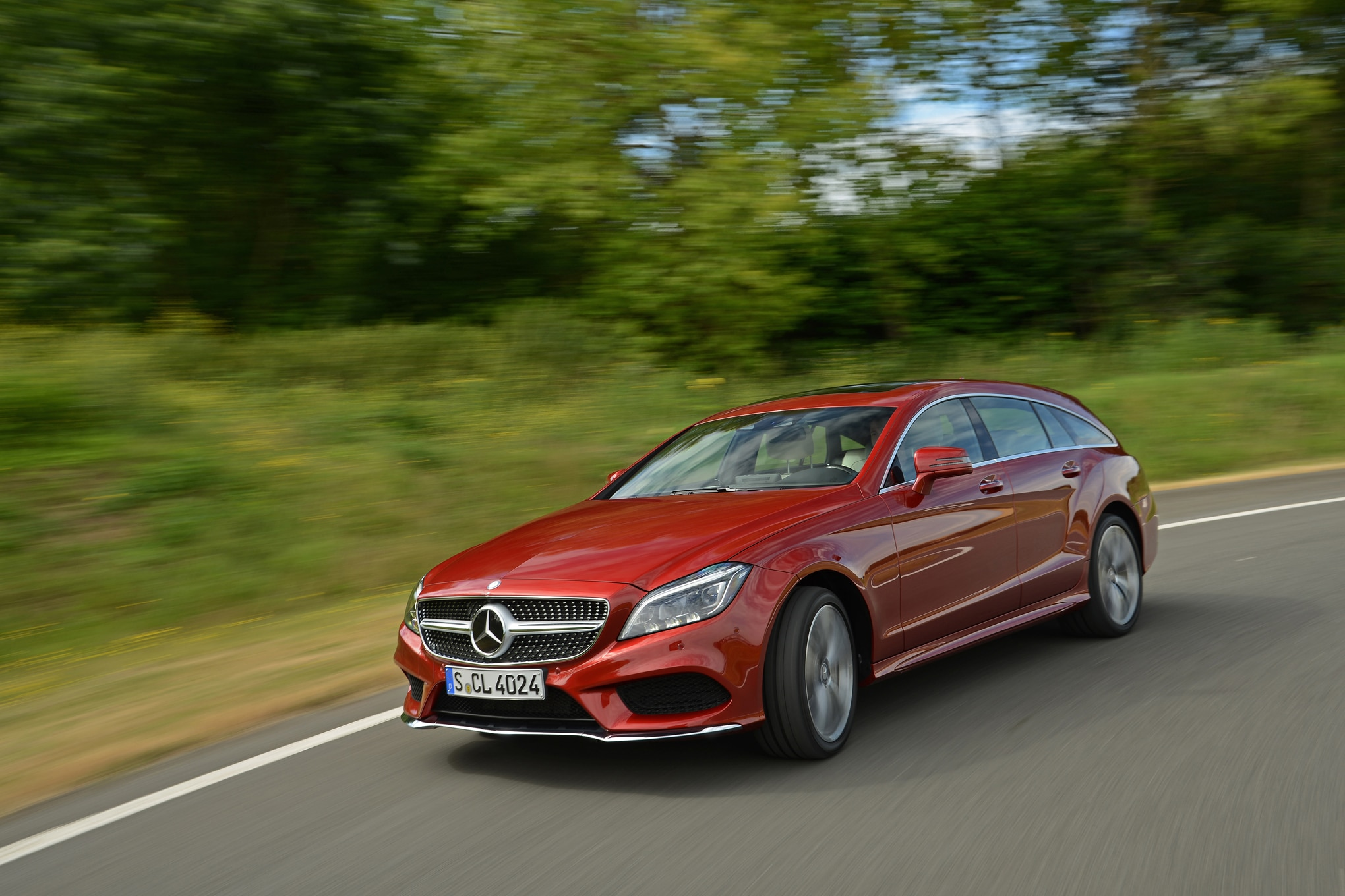 A swarm of swoopy coupes is set to replace the three box for Mercedes benz lawsuit