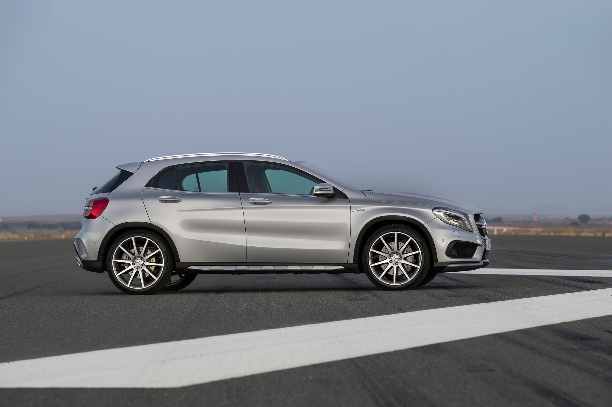 2015 mercedes benz gla class starts at 32 225 gla45 amg for Mercedes benz 2015 gla