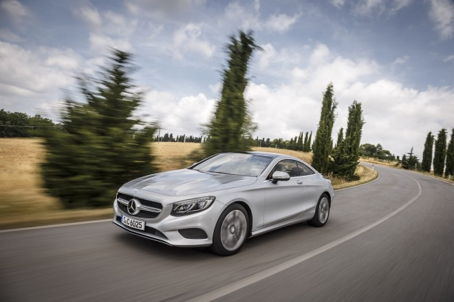 2015 Mercedes Benz S500 Coupe Front Three Quarter In Motion 660x440