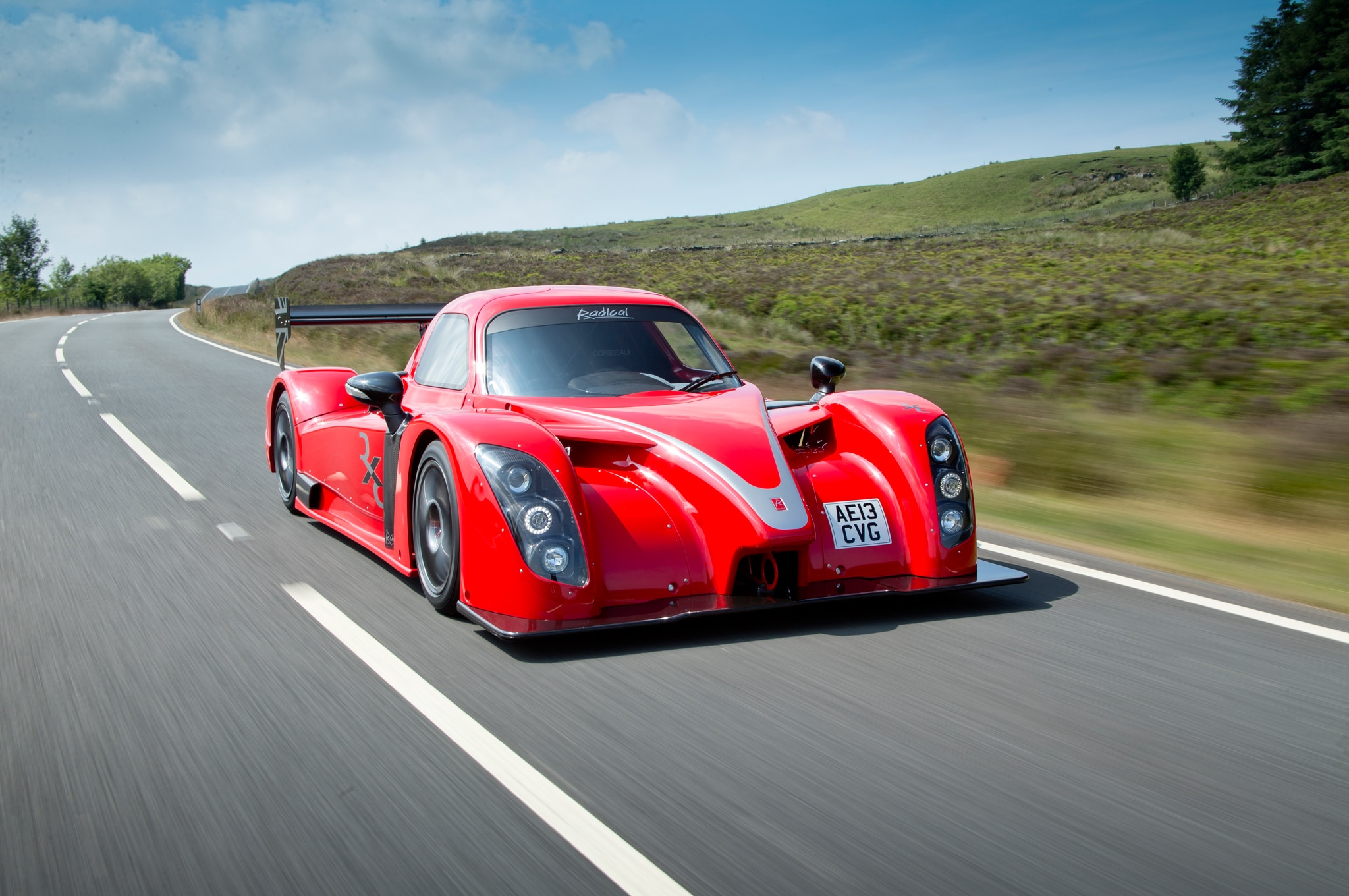 2015 Radical RXC Front Three Quarter In Motion 03