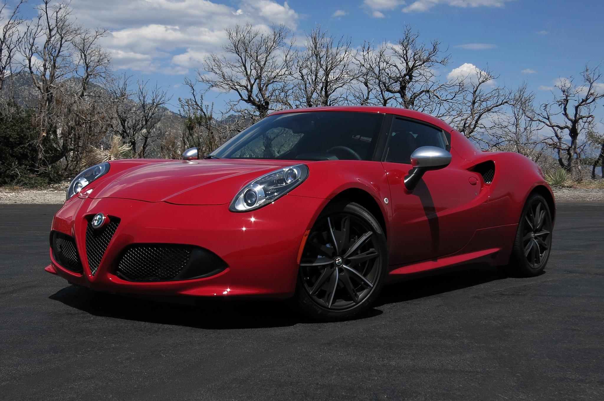 2015 Alfa Romeo 4C Front Three Quarter