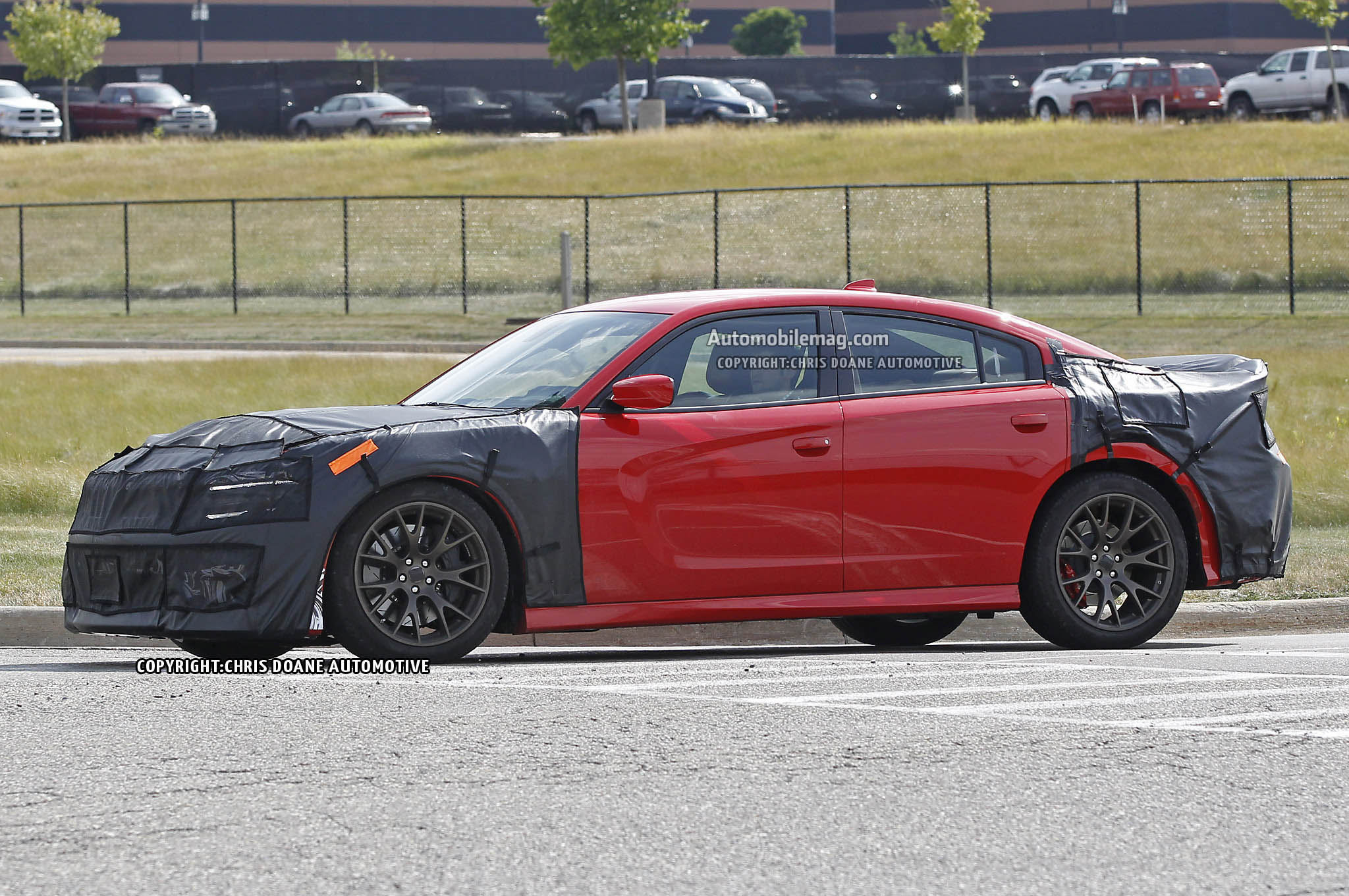 spied 2015 dodge charger srt hellcat prototype. Black Bedroom Furniture Sets. Home Design Ideas