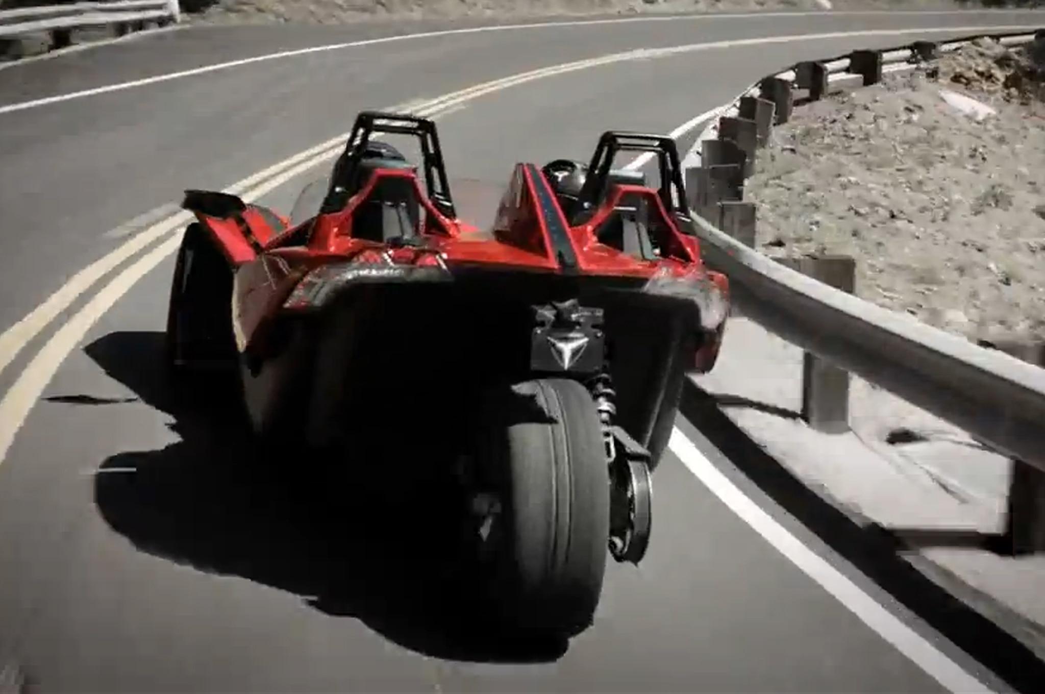 2015 polaris slingshot three wheeler means business. Black Bedroom Furniture Sets. Home Design Ideas