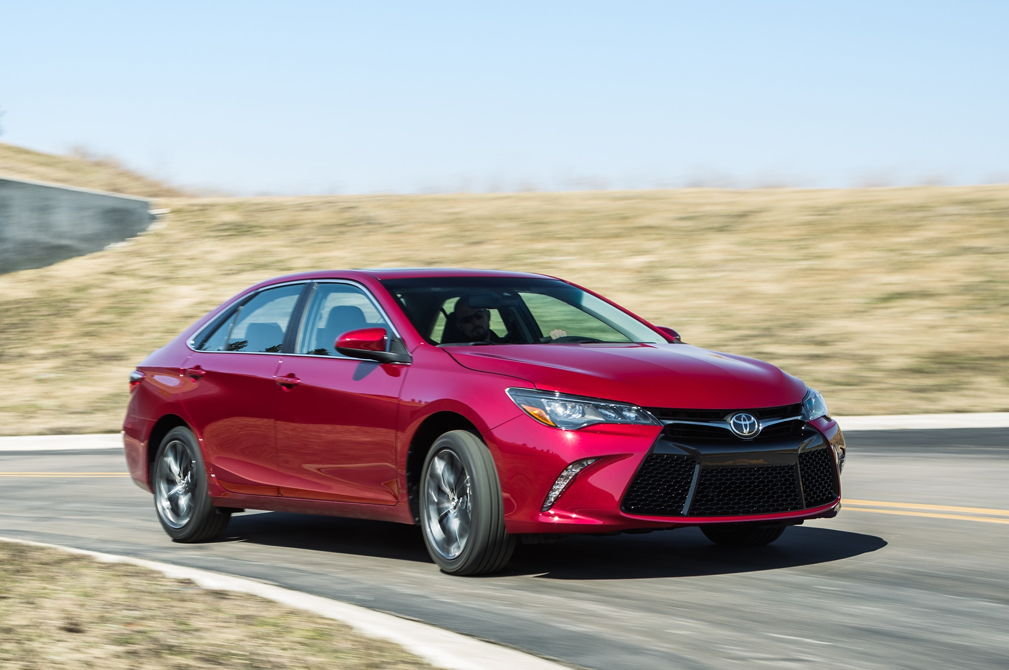 2015 Toyota Camry Profile In Motion1