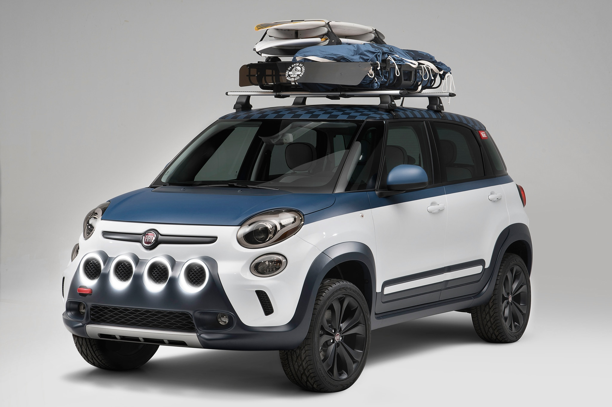 Fiat 500L Vans Design Concept Front Three Quarters1