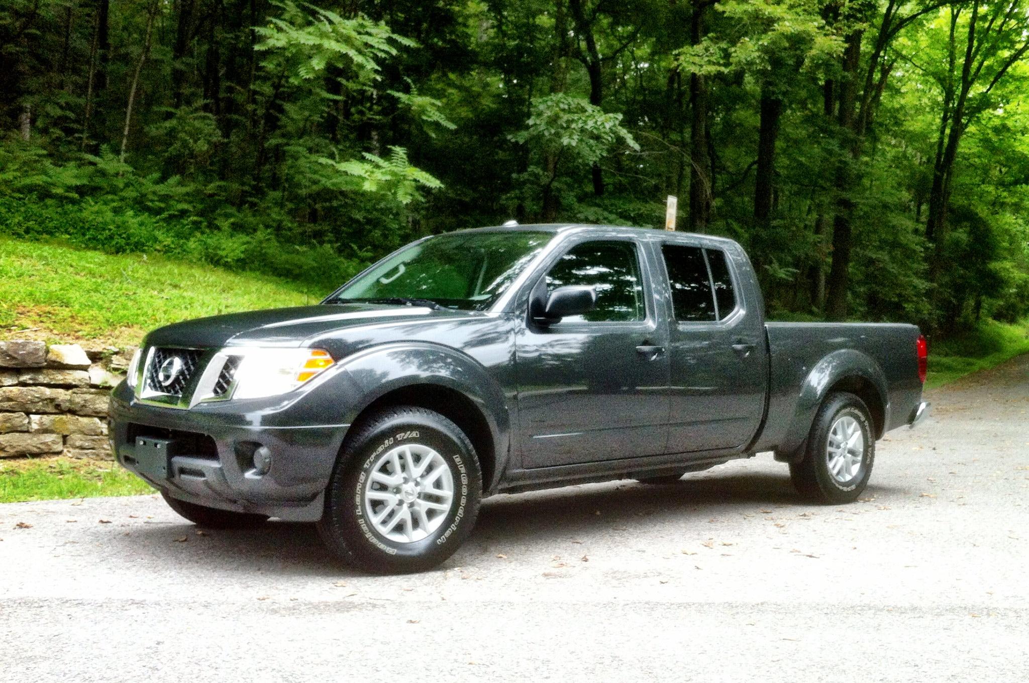 Nissan Frontier Diesel Prototype Front Three Quarter