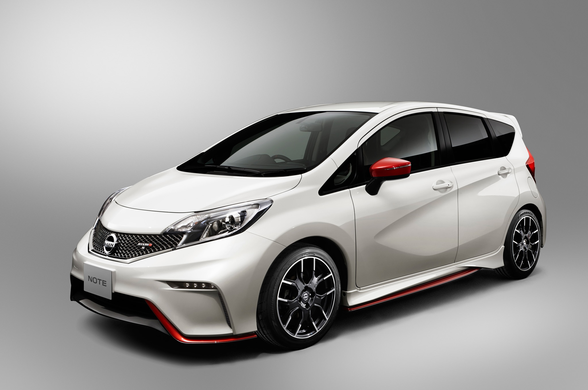 Nissan Note Nismo S Front Side1