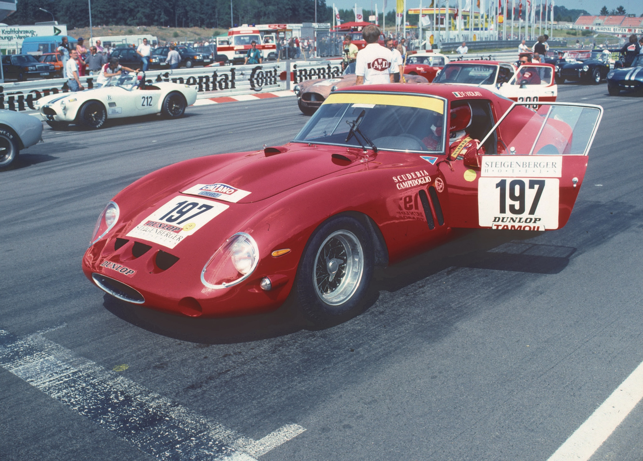 1962 ferrari 250 gto becomes most expensive car ever sold at auction. Black Bedroom Furniture Sets. Home Design Ideas