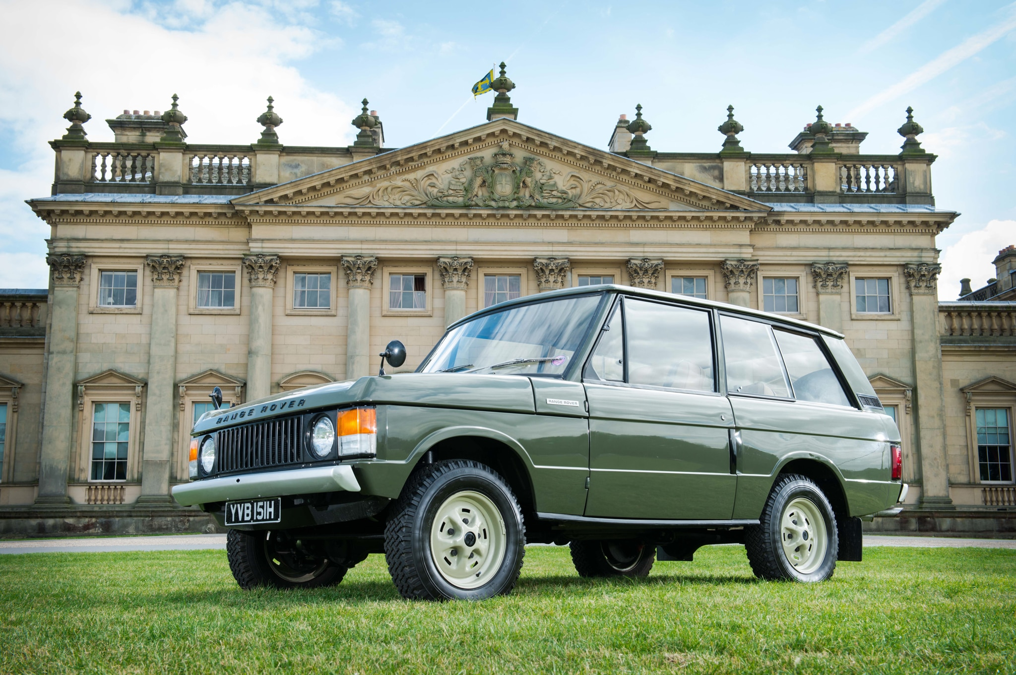 1970 Range Rover Chassis Number 1 Front Three Quarter1