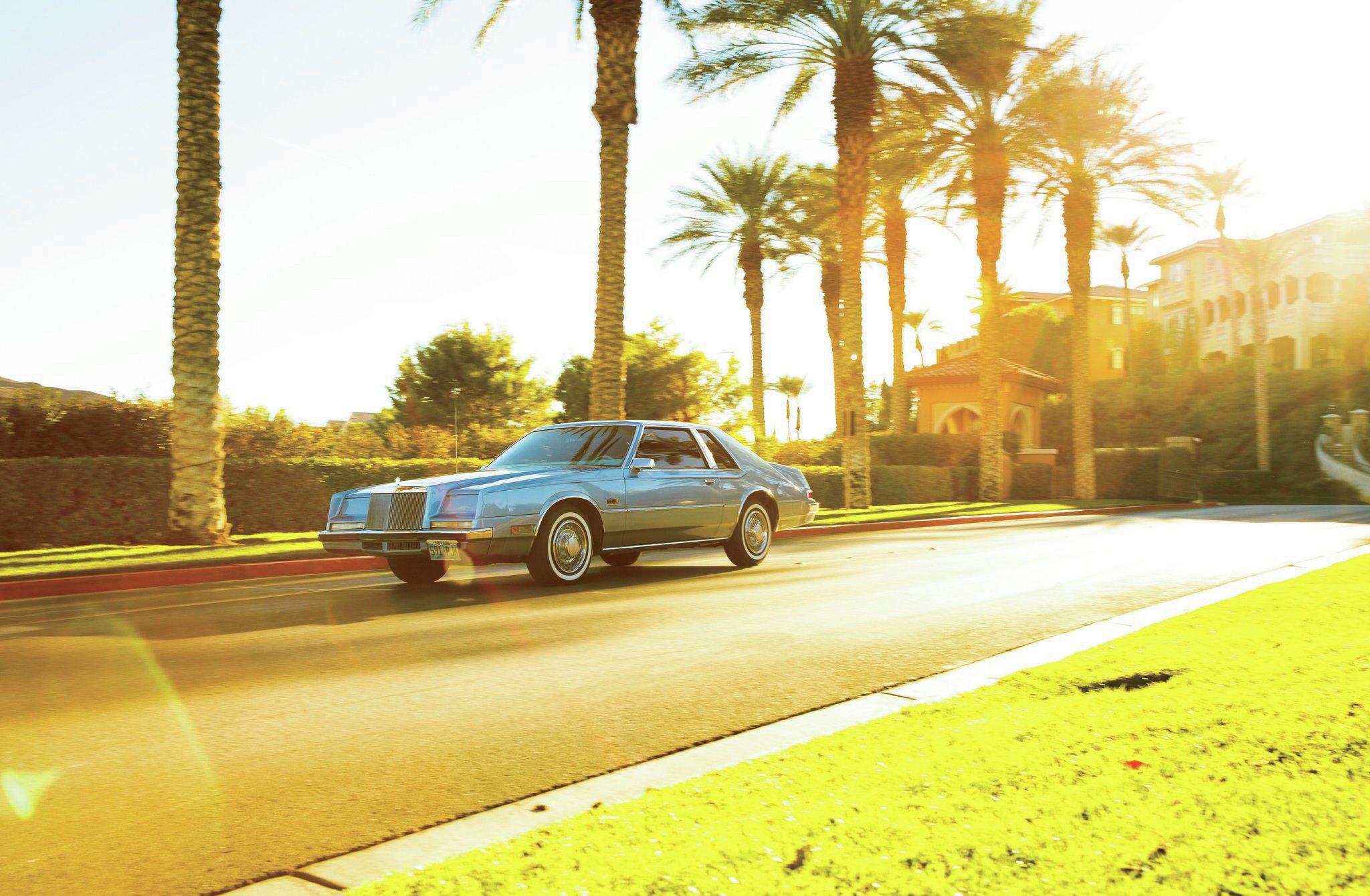 1981 1983 Chrysler Imperial Front Three Quarter1