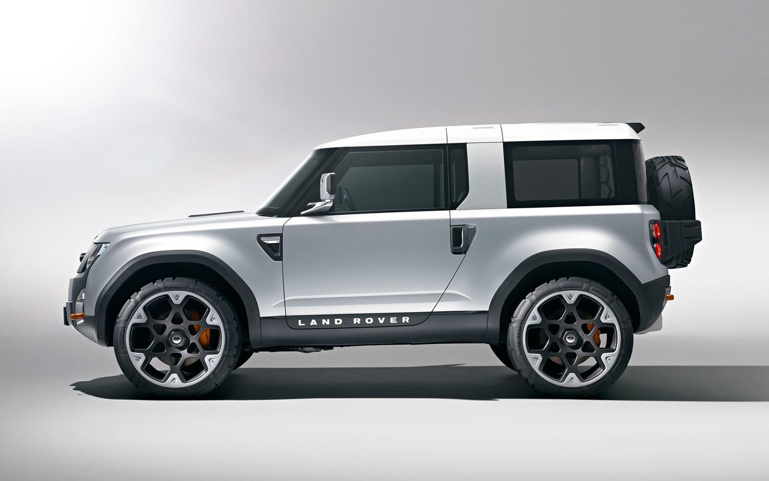 2011 Land Rover Defender DC100 Concept Side View1