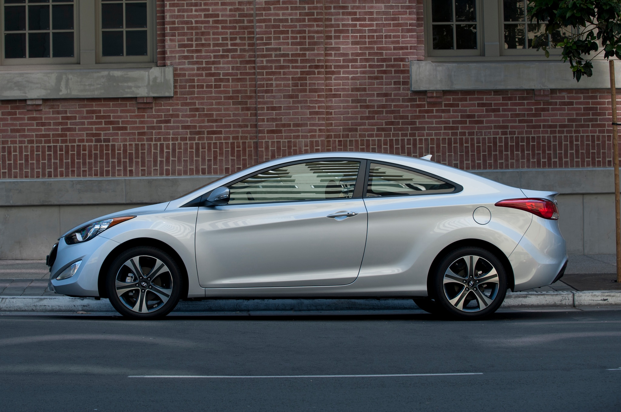 Hyundai Elantra Coupe >> Hyundai Elantra Coupe Discontinued for 2015