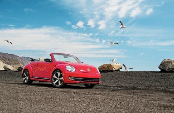 2013 Volkswagen Beetle Turbo ConvertibleAUTP 140800 BEETLE 111 660x432
