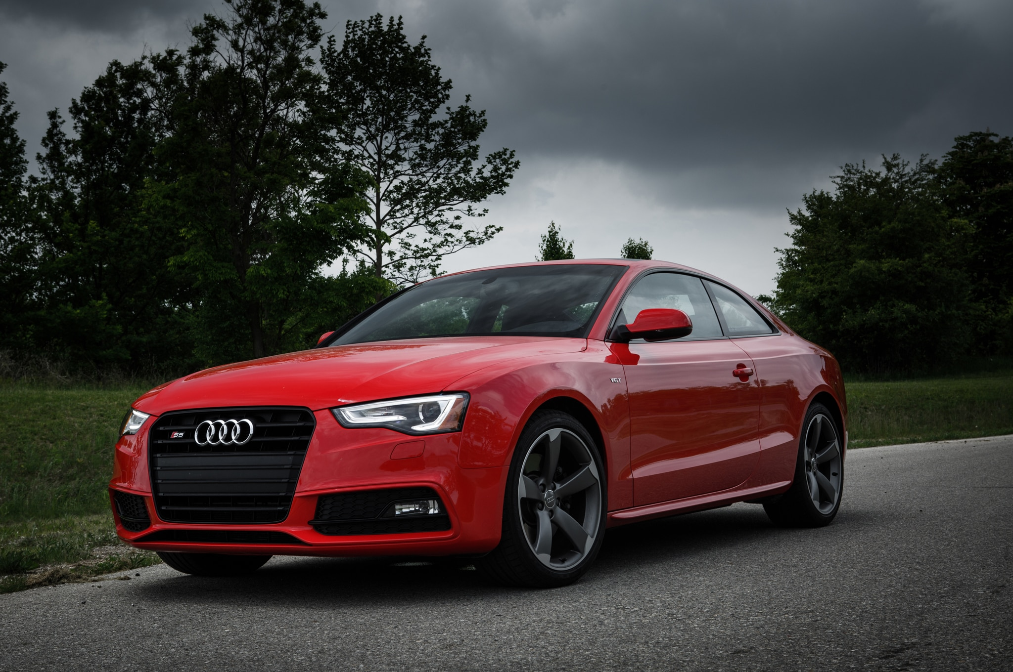 2014 Audi S5 Coupe Front Three Quarters