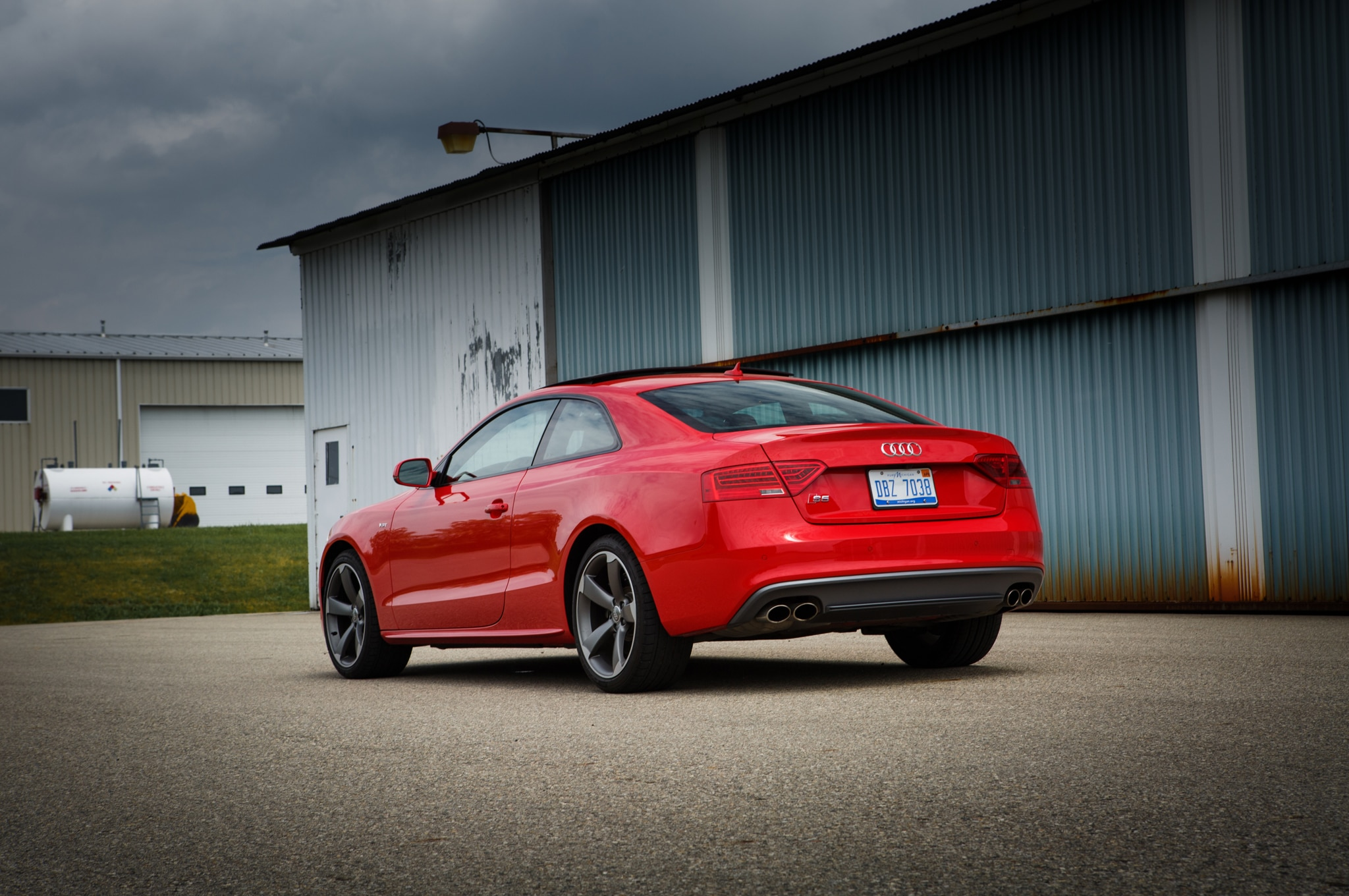 2014 audi s5 coupe around the block. Black Bedroom Furniture Sets. Home Design Ideas