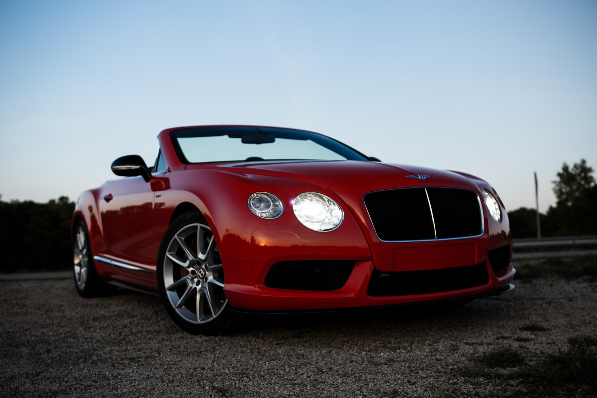 2014 Bentley Continental GT V8 S Convertible Front Headlight1