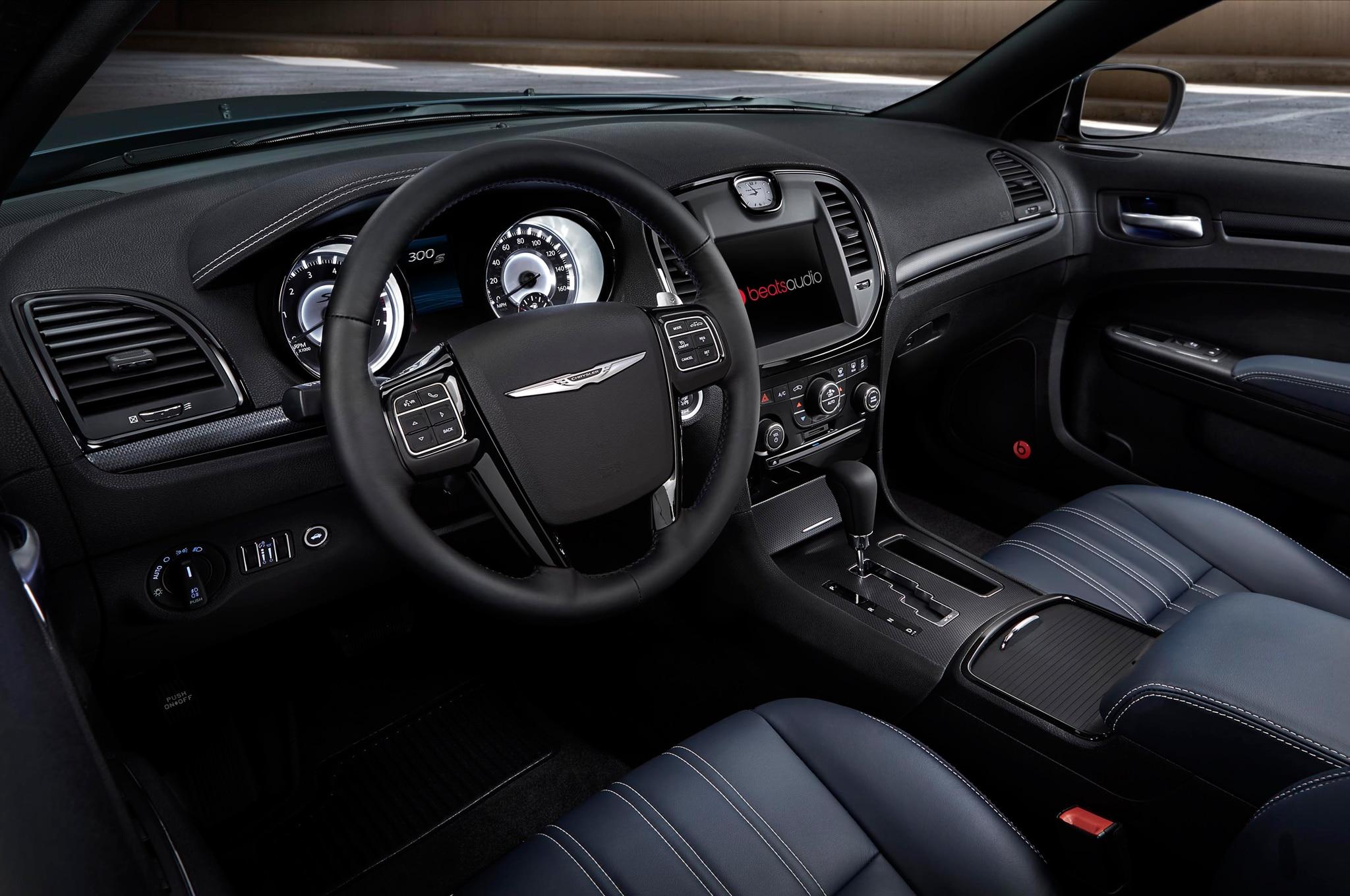 door and images chrysler com vehicles wheel sedan dp amazon reviews specs drive all