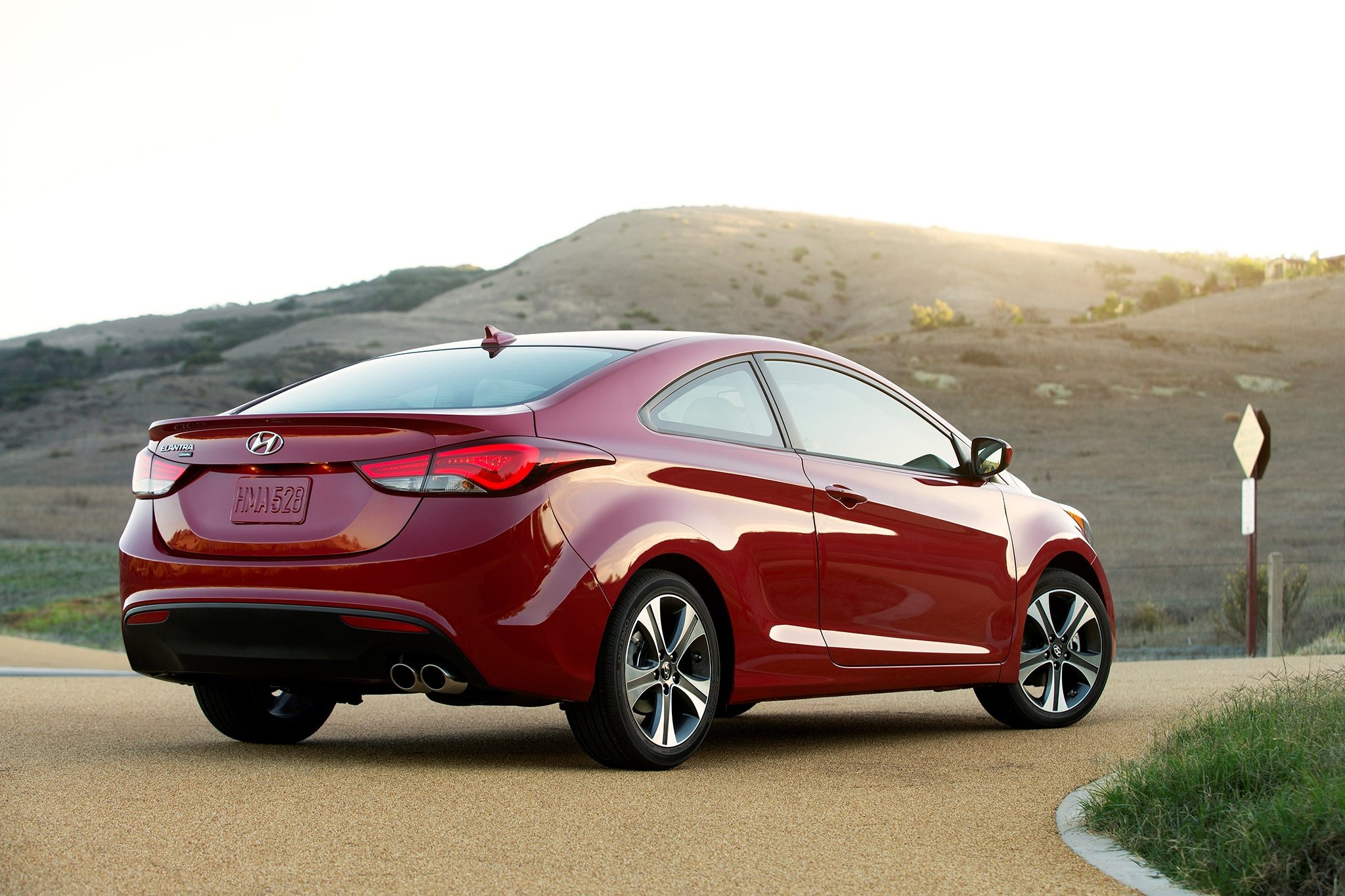 2015 hyundai sonata pricing options and specifications cleanmpg - Hyundai Elantra Coupe Discontinued For 2015