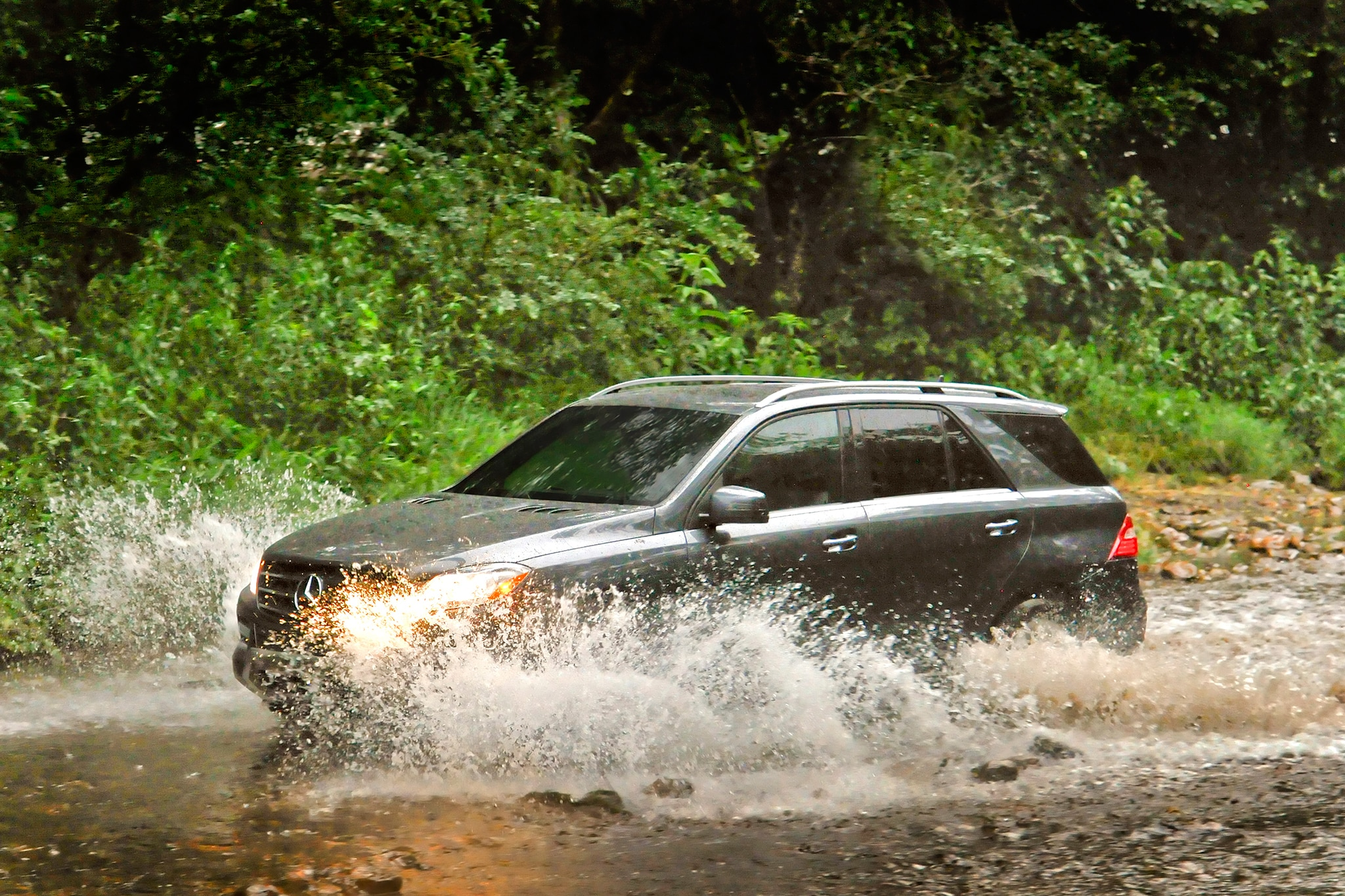 2015 Mercedes-Benz ML400 and ML250 BlueTec Join Lineup