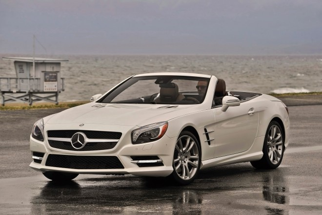 2014 Mercedes Benz SL550 Front Side View1 660x440