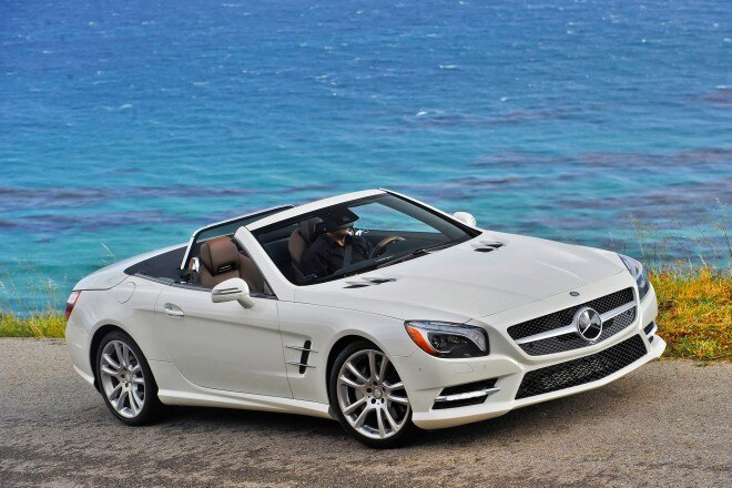 2014 Mercedes Benz SL550 Passengers Above View In Motion2 660x440