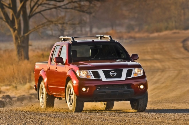 2014 Nissan Frontier Crew Cab Three Quarters View 0031 660x438